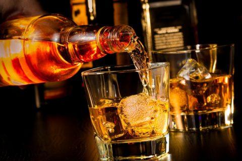 Trinker in Nadelstreifen